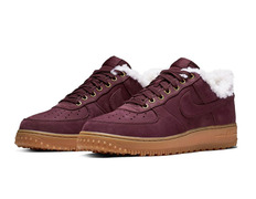sale retailer 2cbc6 72e7e Nike Air Force 1 Premium Winter