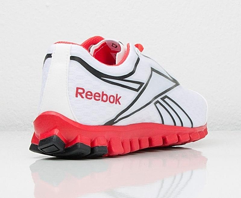 Reebok Mujer Realflex Optimal 4.0 (blancorojonegro)