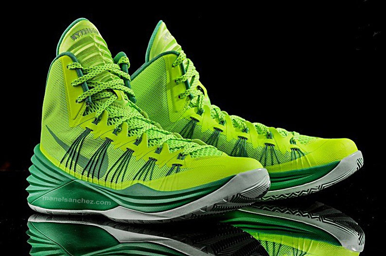 finest selection 224a9 07132 Nike Hyperdunk 2013