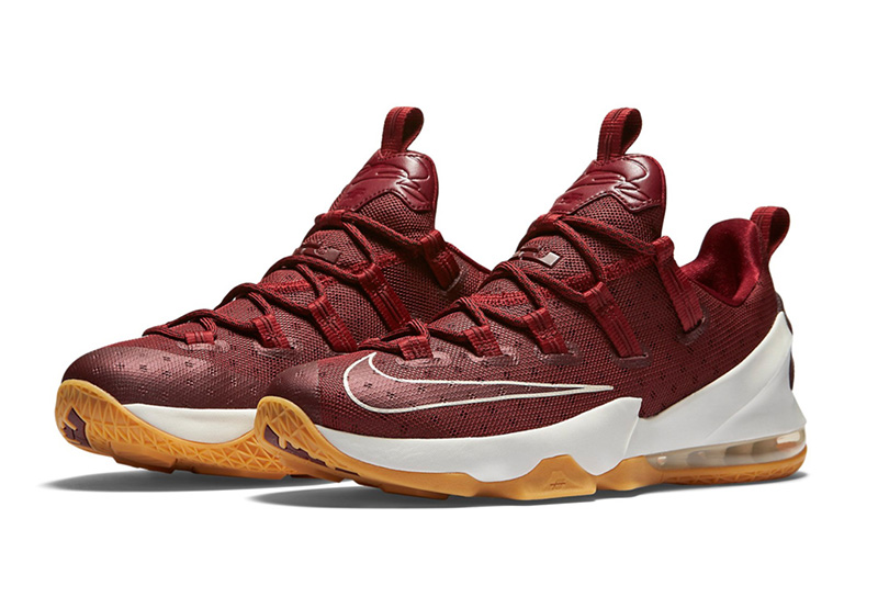 cheap for discount d592a e1108 Lebron XIII Low