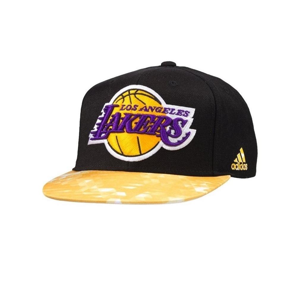 bda58baa8539 Adidas NBA Gorra L.A Lakers Winter Hoops (negro/amarillo)