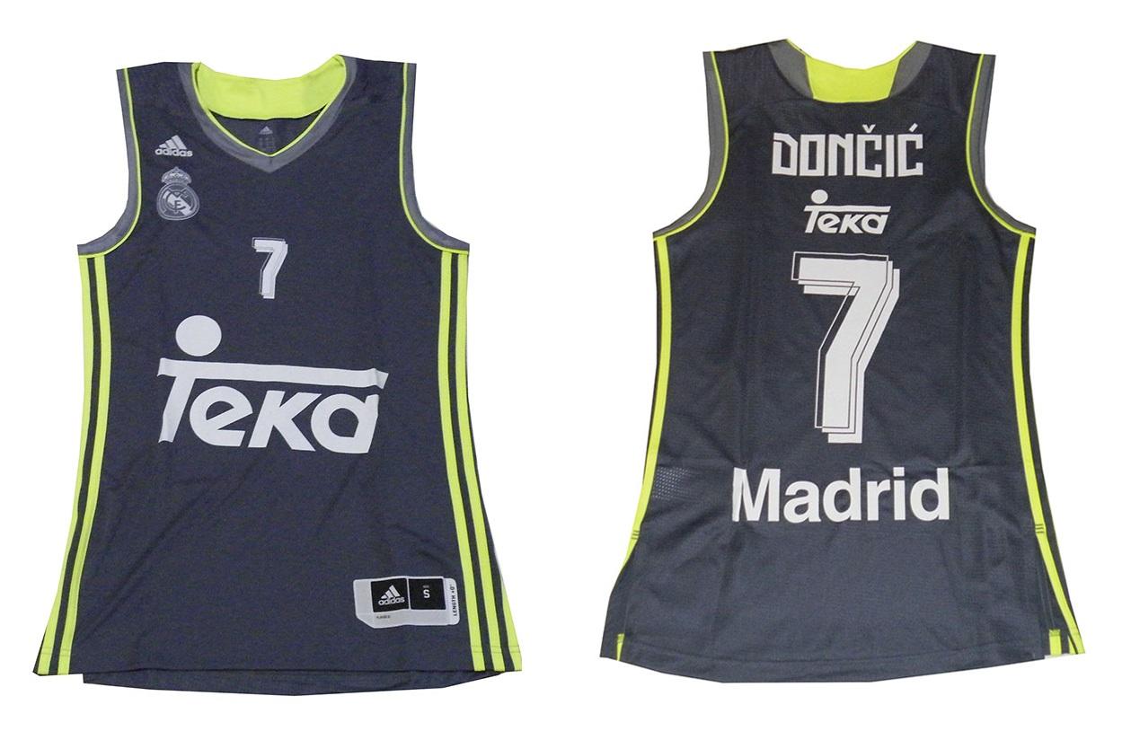 5e9b387b7e6db Camiseta Luka Doncic  7  Real Madrid Basket 2015-2016 (gris volt)