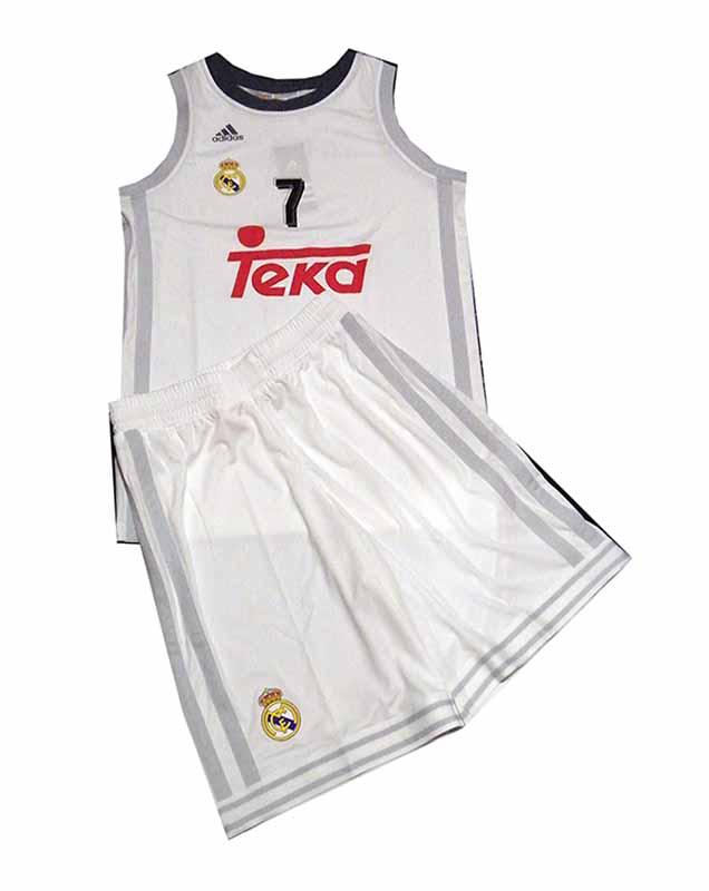Pack Niño Luka Doncic Real Madrid Basket 2015/16 (blanco/neg