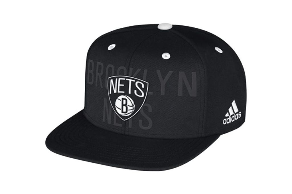 6ba41fca110e8 Adidas NBA Gorra Brooklyn Nets Anthem Hat (negro blanco)