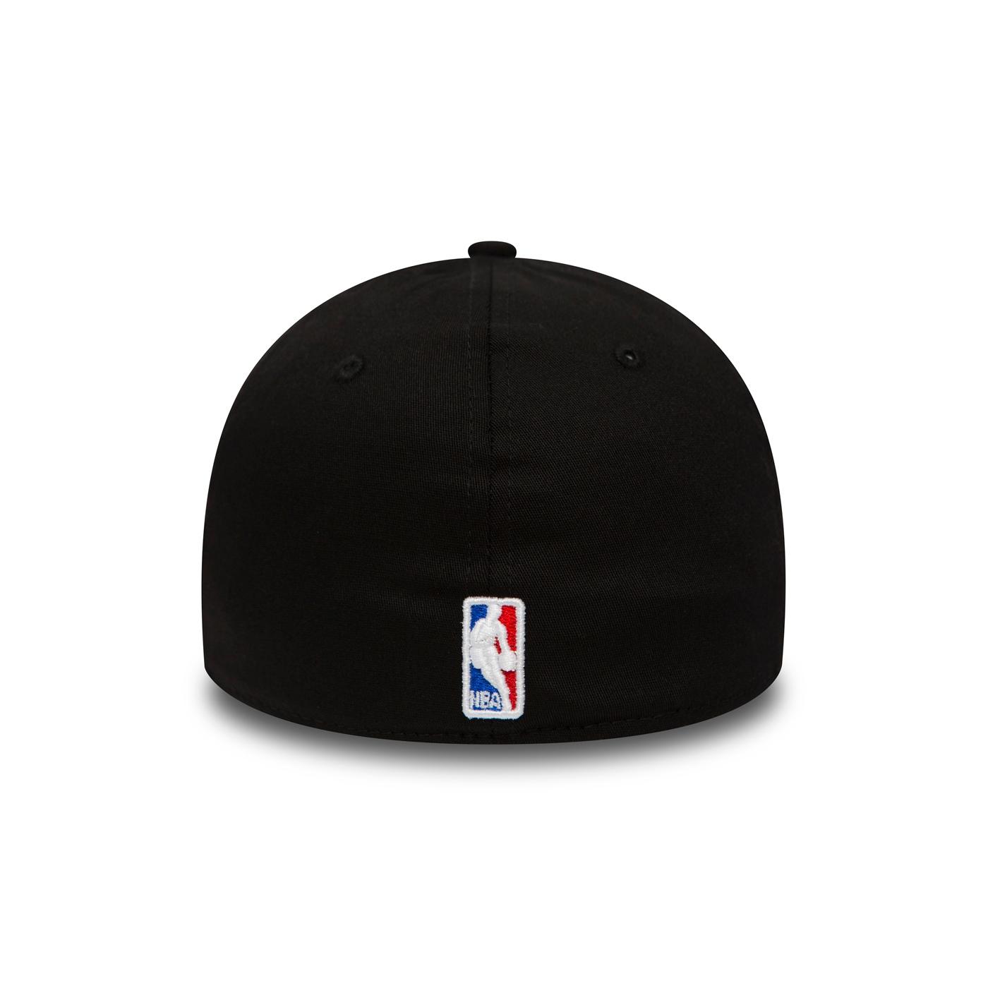 e791be89b356b New Era Black Base Cleveland Cavaliers 39THIRTY